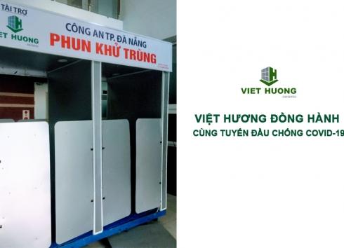 Việt Hương tặng máy phun khử trùng 2 khoang cho công an Đà Nẵng